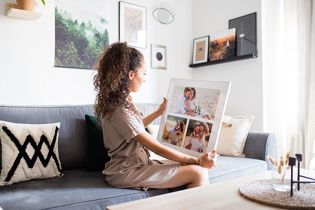 fotoobraz w ramce ze zdjęć ślubnych pomysłem na prezent dla nowożenców